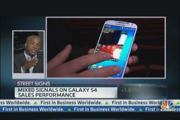 Mixed Signals on Samsung's Galaxy S4