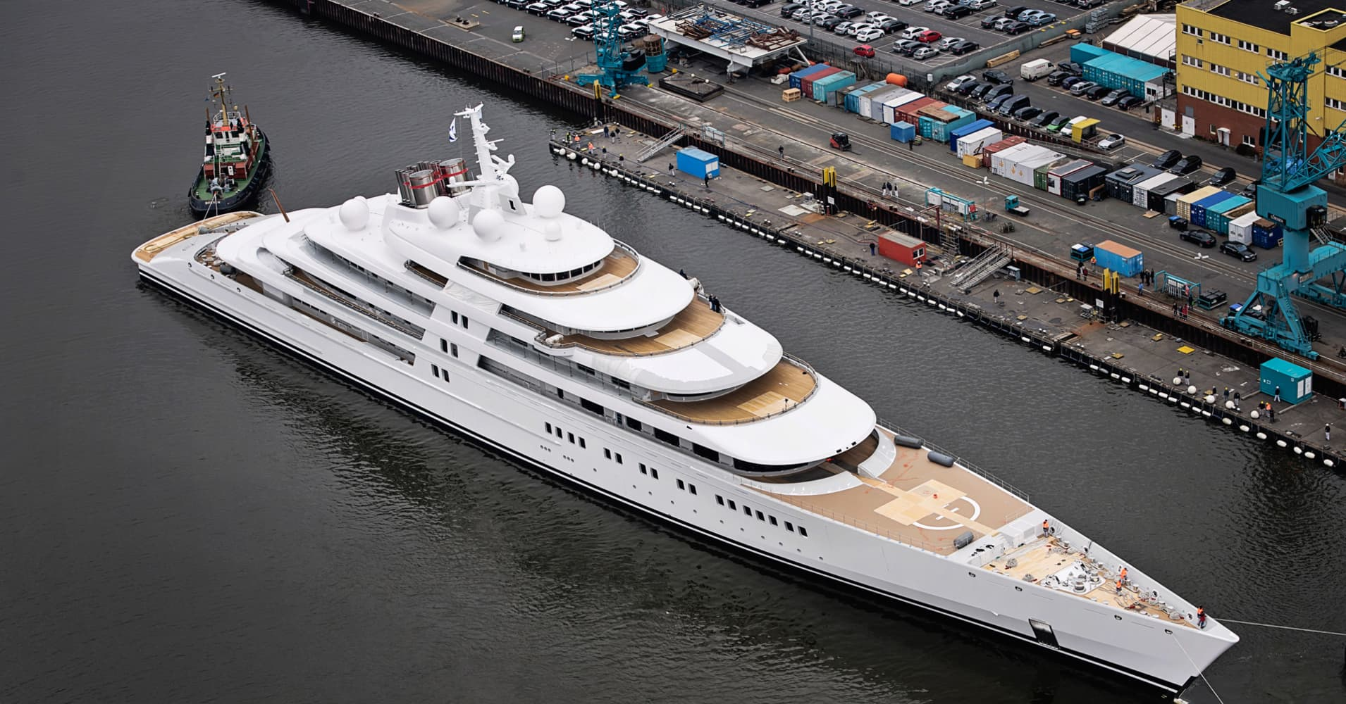 Superyacht World is Not Enough World 39 s Largest Superyacht is
