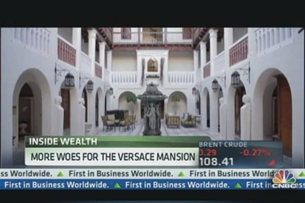 Approved sale of Versace mansion