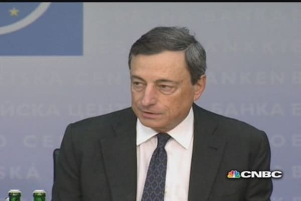 ECB's Draghi confirms forward guidance