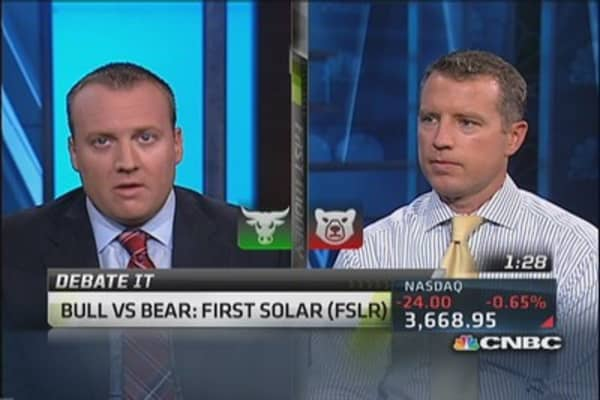 Debate it: Bull vs. bear on First Solar
