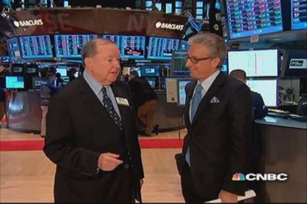 Cashin:' Folklore on the floor' have investors waiting