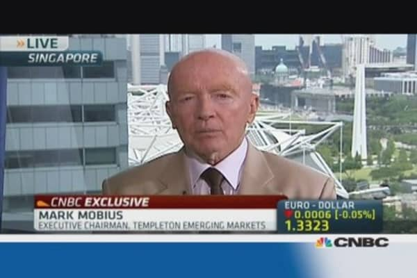 Mark Mobius: Money will still flow into Emerging Markets