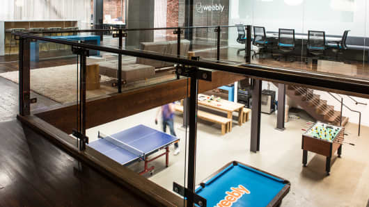 The Weebly headquarters has ping pong tables set up in its office for employees to use during their breaks.