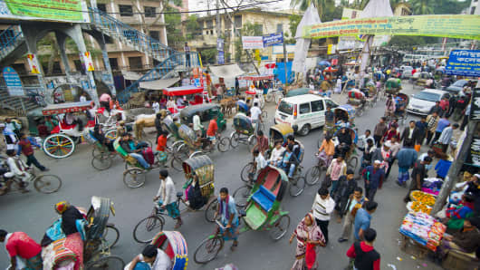 A street crossing in Dhaka, Bangladesh, Asia.