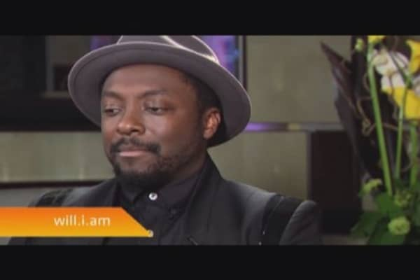 Will.i.am: Don't slam Simon Cowell