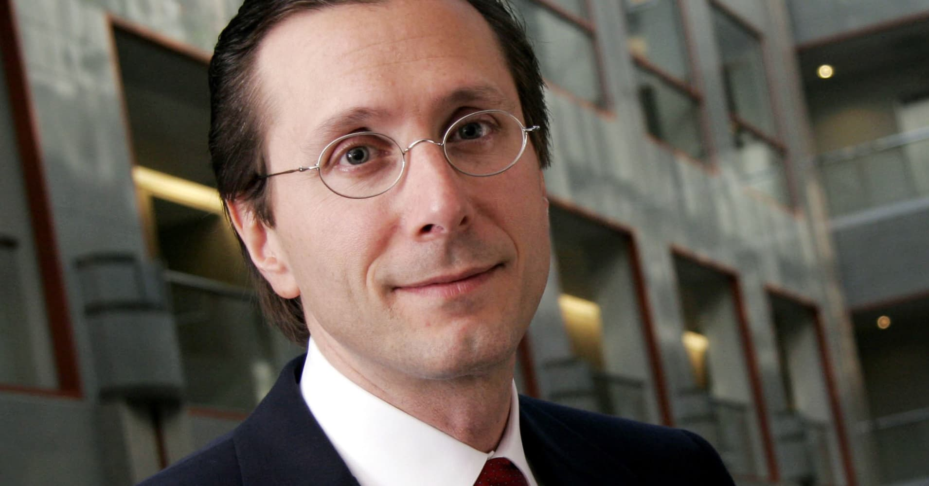 bruce berkowitz aig thesis Is bruce berkowitz consultants to try to disprove his thesis mr berkowitz also is bullish that aig did a 1­to­20 reverse stock.