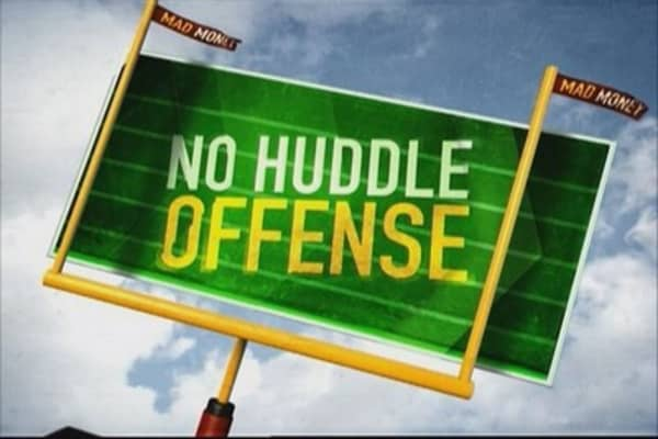 No Huddle Offense: Domestic vs. international plays