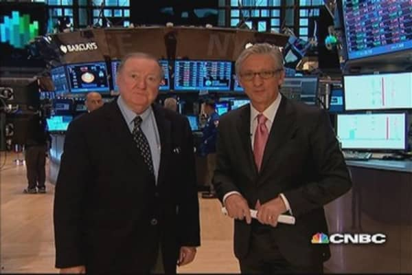 90 Seconds with Art Cashin: VZ bond deal 'stunning'