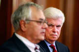 Barney Frank (L) and Chris Dodd