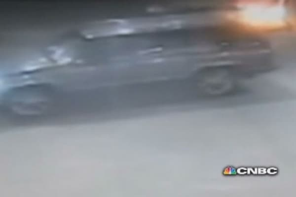 Car thief tries to hit owner, hits gas pump instead