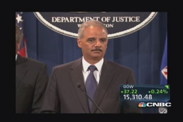 AG Holder address meeting with JPM's Dimon