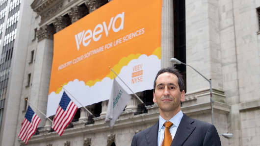 Veeva founder and CEO Peter Gassner outside the NYSE