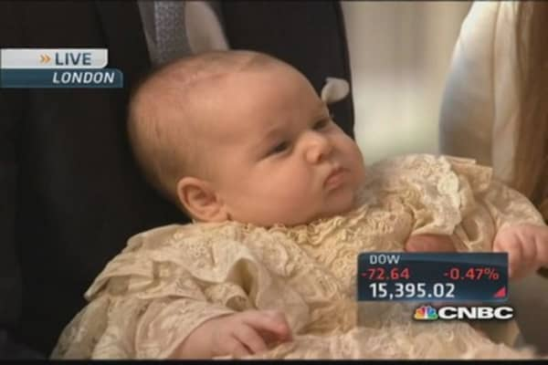 Royal family gathers for Prince George's baptism
