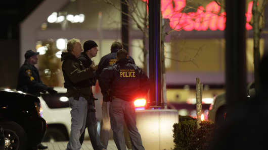 Officers in the parking lot of the Garden State Plaza Mall in Paramus, N.J., on Nov. 4 after reports of a shooter
