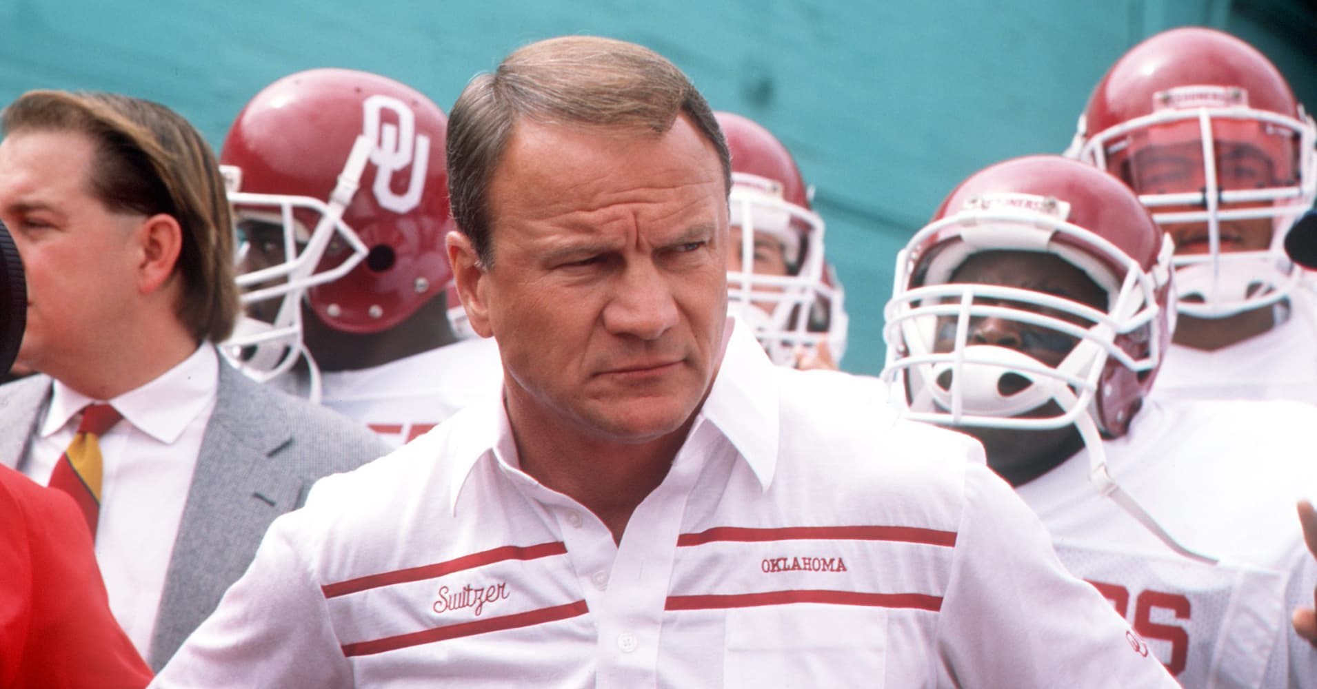 Barry switzer s coaches cabana comments on sooners games