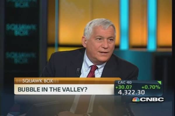 Not sure SnapChat will be around forever: Isaacson