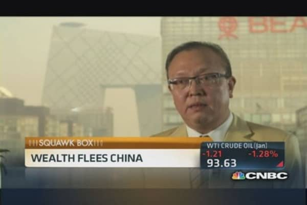 Wealthy flee China