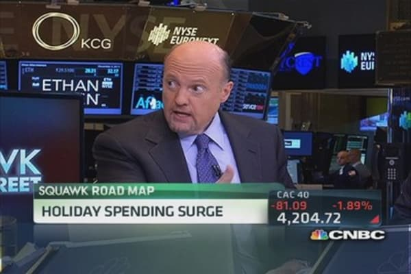 Cramer: It's an Apple holiday season