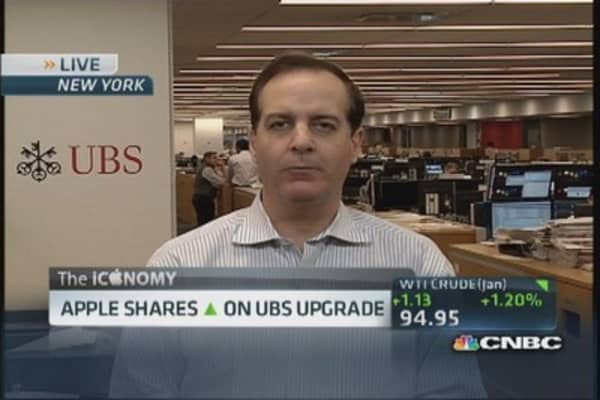 UBS analyst upgrades Apple