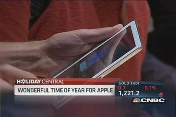 Apple big holiday winner