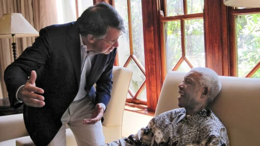 Getty Images Co-Founder and CEO Jonathan Klein with President Nelson Mandela, at his home in Johannesburg, South Africa, in 2009.