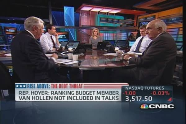 Heated debate: Langone and Hoyer on partisanship