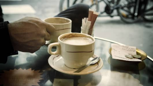 Politeness could save you money on your next coffee in France.