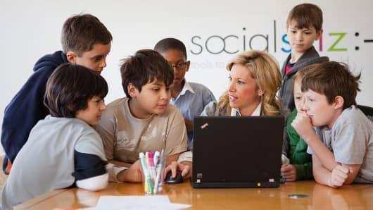Socialsklz offers in-person and online communications workshops for older kids.