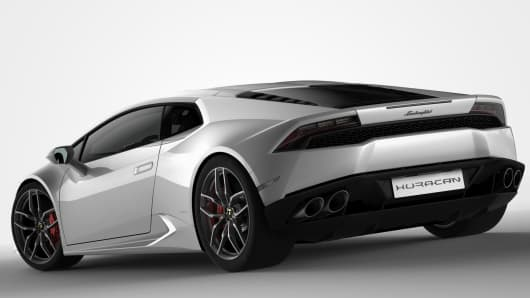 Lamborghini Huracán: a new weapon in the supercar wars