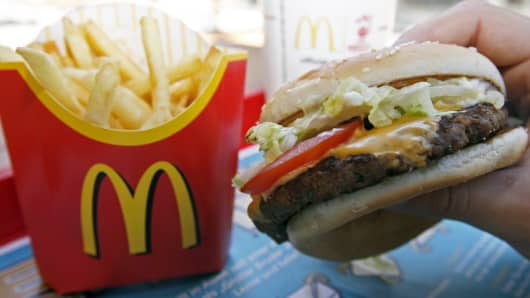 McDonald's US sales climb, customer traffic still a focus
