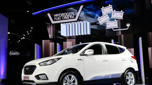 The 2015 Hyundai Tucson Fuel Cell hydrogen-powered electric vehicle is introduced at the Los Angeles Auto Show on Nov. 20, 2013, in Los Angeles.
