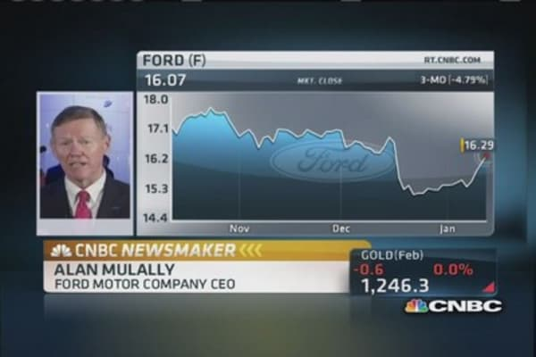 Ford's Mulally: Plan to lead in fuel economy