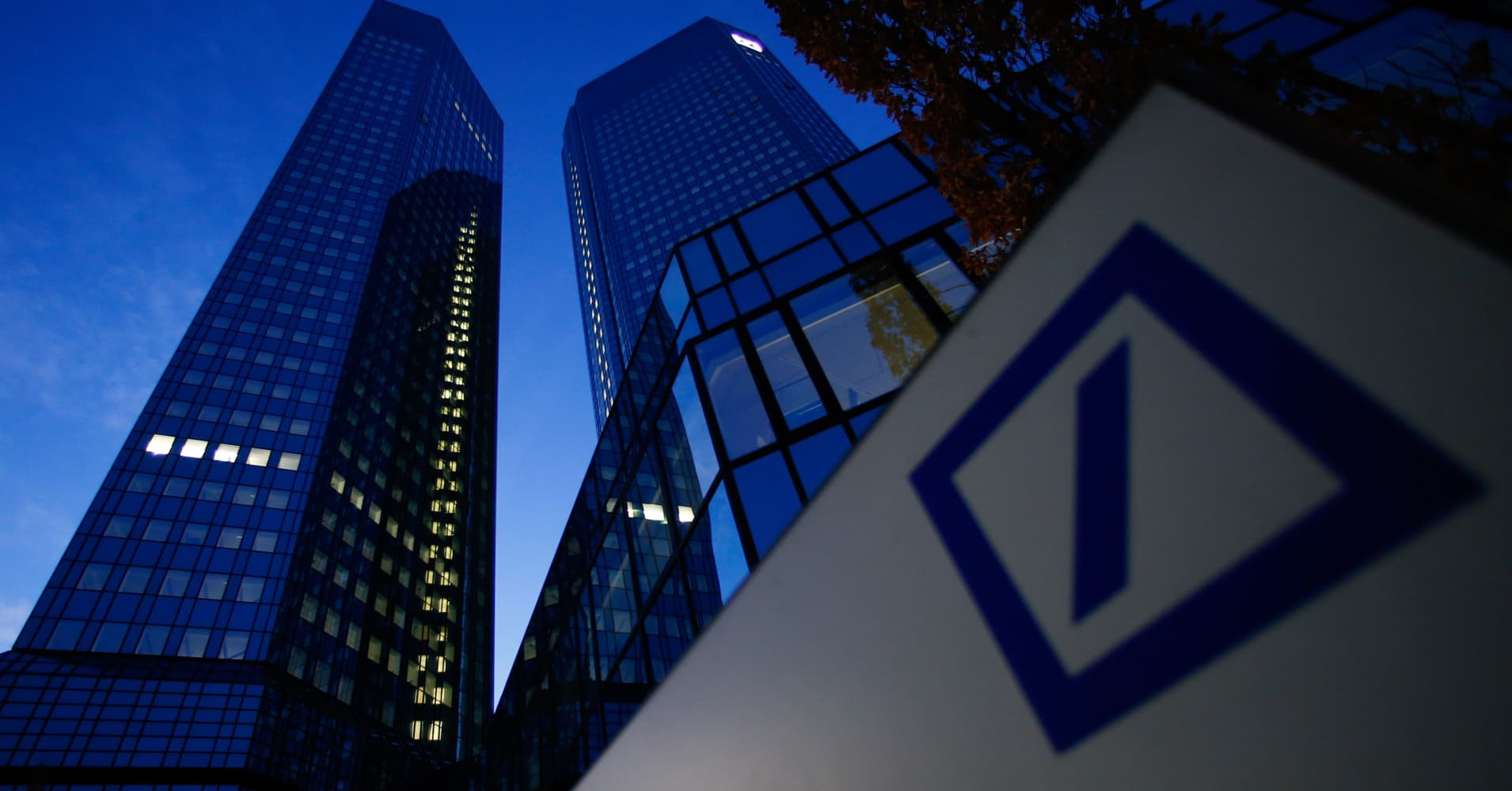 A secretive Chinese conglomerate HNA Group is taking top stake in Deutsche Bank