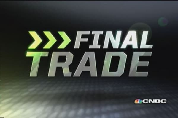Fast Money Final Trade: JNJ, AA, AWAY & JACK