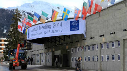 Last-minute preparations ahead of the 2014 World Economic Forum in Davos.