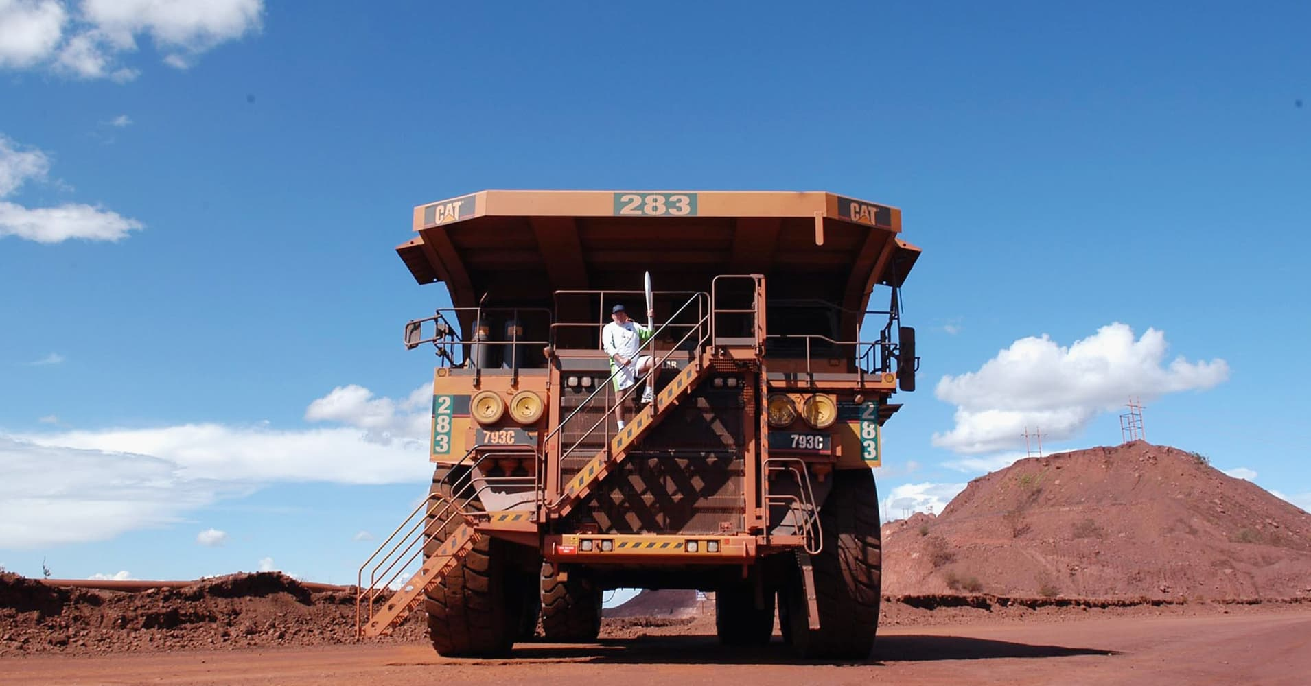 Copper faces weekly drop as supply concerns ease