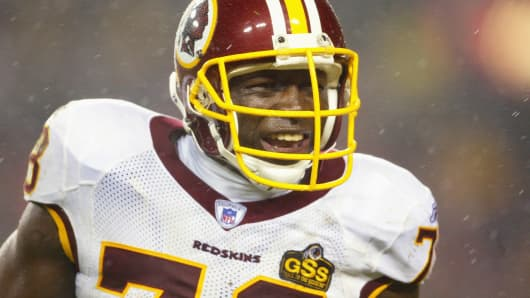 Defensive end Bruce Smith of the Washington Redskins against the Dallas Cowboys at FedEx Field on December 14, 2003 in Landover, Maryland.