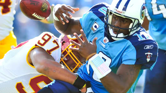 Quarterback Vince Young of the Tennessee Titans in a 2010 game against the Washington Redskins