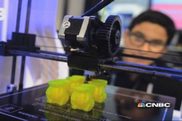 How does 3-D printing work?