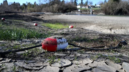 A rope float sits on the dry banks of the Russian River at Healdsburg Veterans Memorial Beach Park on February 21, 2014 in Healdsburg, California.