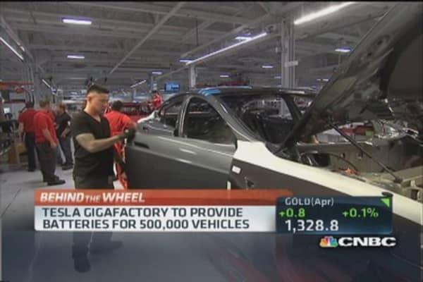 Tesla 'Gigafactory' to create 6,500 jobs