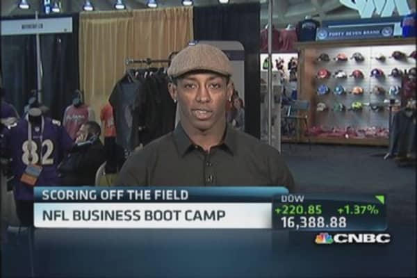 NFL pro Buchanon's pitch to investors