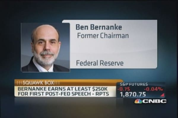 Bernanke earns at least $250,000 in first speech post Fed