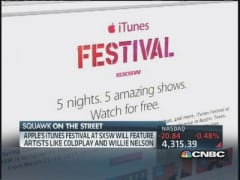 Apple iTunes offers free music festival