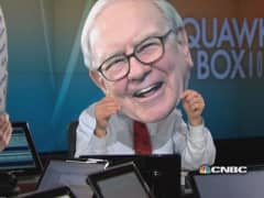 Squawk's dance of the Buffett heads