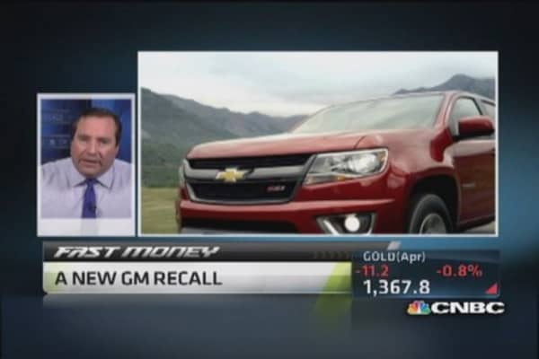 General Motors takes $300 million charge