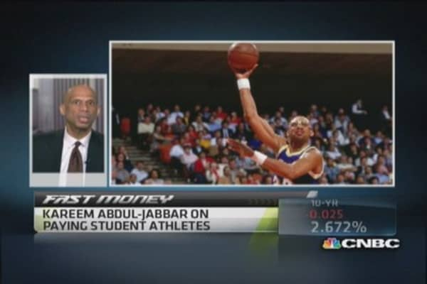 Kareem Abdul-Jabbar on paying student athletes