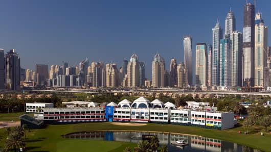 156898883DC081_Omega_Dubai_