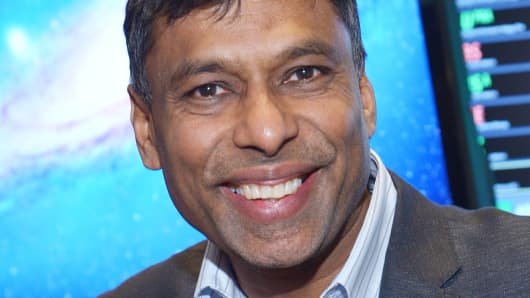 "Naveen Jain's motto: ""Success is not defined by the size of your bank account but by the number of lives you make a positive difference in."""